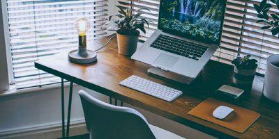 Standing Desk vs. Sitting Desk: Is Standing Really Better?