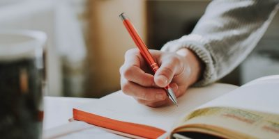 How to Build a Successful Freelance Writing Career