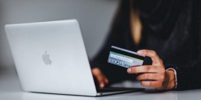 Online Shopping Hacks To Save You Money Featured
